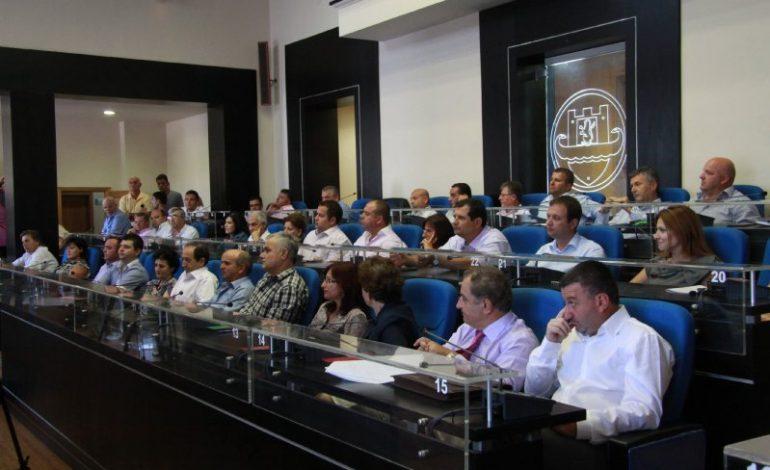 PAS LEFTER KOKËS/ LSI përjashton nga partia këshilltarët e saj në Bashkinë Durrës