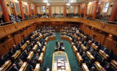 MASAKRA/ Shembull për botën, seanca e Kuvendit të Zelandës hapet me leximin e Kuranit