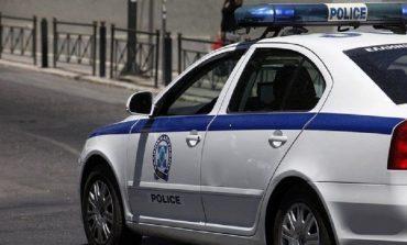 """U KAP ME 57 KILOGRAMË DROGË/ Shqiptari """"bën lëmsh"""" policinë greke, pretendoi se..."""