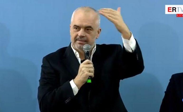 """DITA E VERËS/ """"Lala feston në 14, Luli në 16, kurse Lali në 17"""", mesazhi i Ramës nga Elbasani (VIDEO)"""