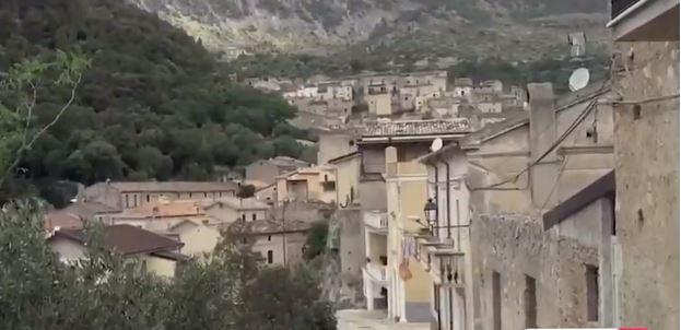 """NË 26 MARS """"ARBËRIA"""" NË KINEMATË ITALIANE/ Historia e një vajze në konflikt me të shkuarën"""