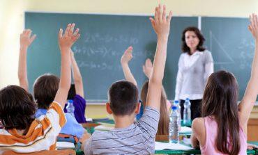 TABELAT E PLOTA/ Ja pagat e reja për mësuesit, edukatorët dhe ushtarakët