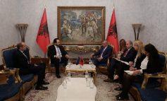 HAPJA E NEGOCIATAVE/ Ruçi takon zv.presidentin e PE: Shqipëria i ka bërë të gjitha 'detyrat e shtëpisë'