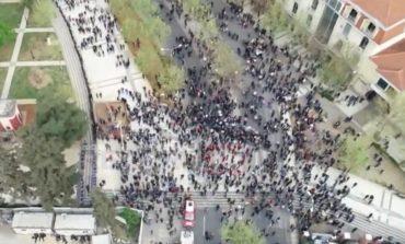 WASHINGTON POST: Protesta e opozitës shqiptare tërheq më pak protestues