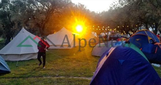 """SOUTH OUTDOOR FESTIVAL""/ Në Borsh, aty ku dielli ""hyn"" mes kampeve turistike (PAMJET)"