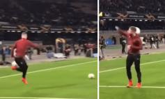 NUK LUAJTI NDAJ KUNDËR NAPOLIT/ Shikoni Mustafin duke dhuruar spektakël me topin (VIDEO)