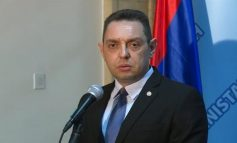 """""""VEND NEUTRAL""""/ Ministri Vulin: Serbia KURRË nuk do të anëtarësohet në  NATO"""