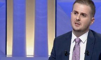 """""""KAM 14 VITE PËRVOJË POLITIKE""""/ Gent Cakaj: E kam nisur me…"""