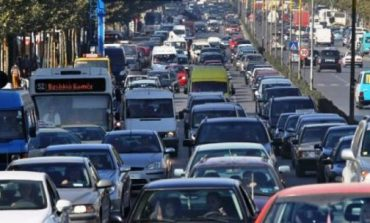 SIGURACIONI I MAKINËS/ Ja cilët shoferë do ta paguajnë me 50% ulje, NUK kanë...