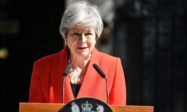 BREXIT/ Me lot në sy Theresa May njofton dorëheqjen: Iki më 7 qershor (FOTO)