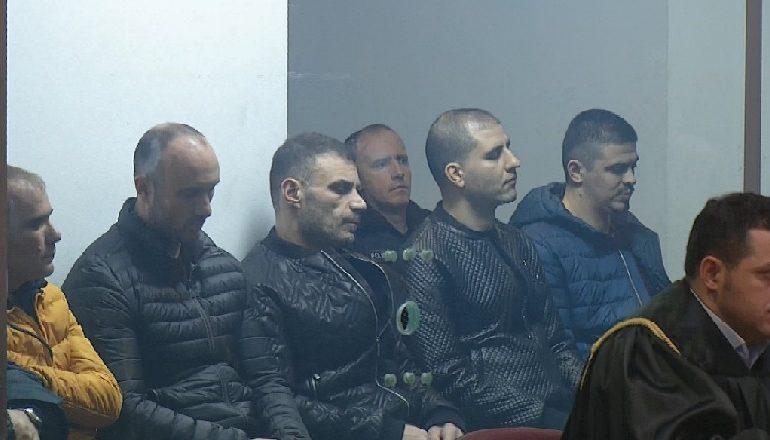 TENSION TE GJYQI I SHULLAZIT/ Gilmando Dani-gjyqtares Saida Dollani: Kush të ka kërcënuar?