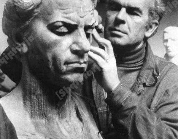 """HUMBJA E VEPRAVE TË ARTIT/ Lec Shkreli: Si u zhduk """"Portreti i Zef Kolombit"""" pas viteve '90 (FOTO)"""