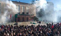 I VENDOSI KUSHT GJERMANISË PËR DIALOGUN/ Sot protesta e gjashtë e opozitës, Basha: Asnjë hap pas!