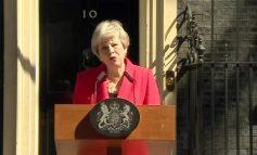 THERESA MAY JEP DORËHEQJEN/ Nis gara për kryeministrin e ri të Mbretërisë së Bashkuar (KANDIDATURAT)