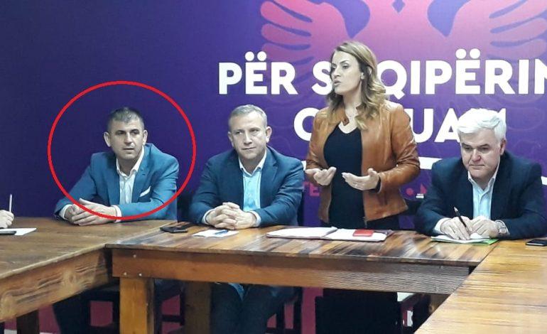 ZGJEDHJET E 30 QERSHORIT/ Prezantohet kandidati i PS për Vorën, kush është Agim Kajmaku