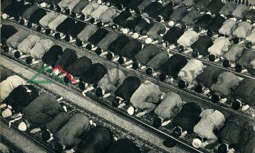 SHKREPJET E ITALIANIT/ Në Shqipërinë e viteve 1940, kur burrat faleshin në xhami (FOTO)