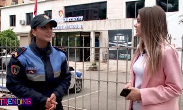 """PERTEJ UNIFORMËS """"BLU""""/ Si u përball policia 23 vjeçare me shokët e klasës në protestën e studentëve"""