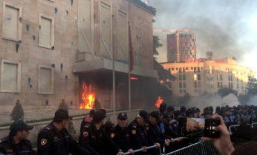 """AVOKATI I POPULLIT PUBLIKON RAPORTIN/ """"12 konstatime për protestën e opozitës"""""""