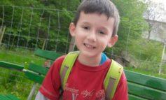 U ZHDUK NGA SYTË E TË ËMËS NË PARKUN E LOJRAVE/ Gjendet i mbytur 4 vjeçari shqiptar në Zvicër