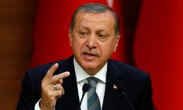 TURQI/ Erdogani planifikon rikthimin e refugjatëve në Siri