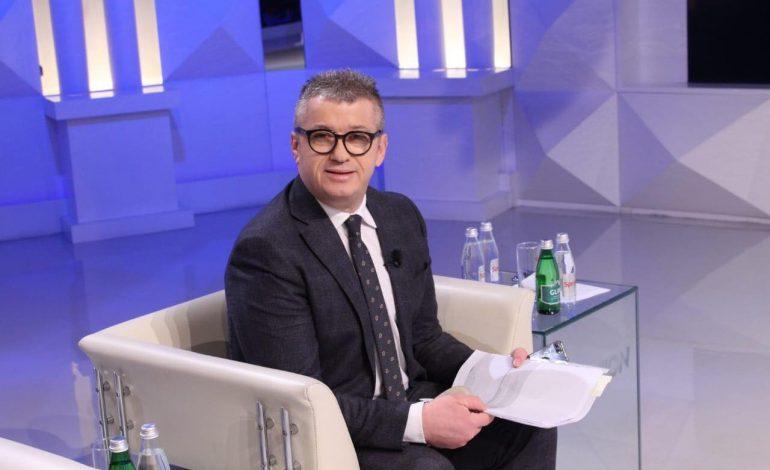 """ALFRED PEZA/ Dritëhijet e politikës shqiptare, në """"Ditën e Europës""""!"""