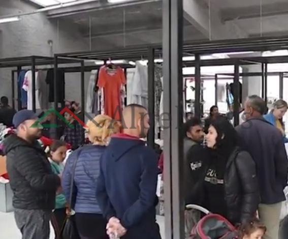 """NJË """"GABI"""" I MADH NË TIRANË/ Post of the day. Veliaj: 103 familje rome dhe egjiptiane nuk…  (VIDEO)"""