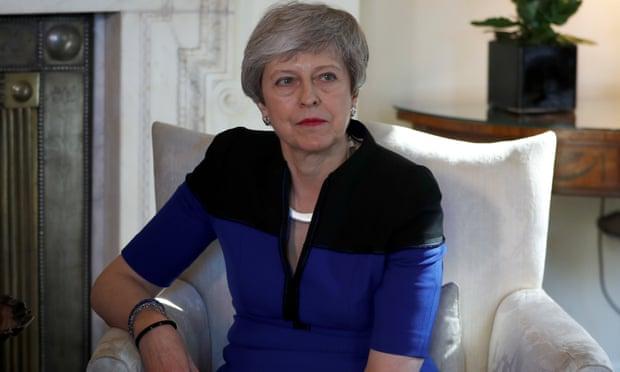 """MARRËVESHJA """"BREXIT""""/  May: Do të votohet sërish në qershor"""
