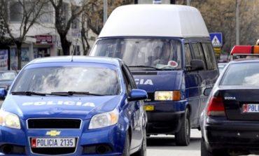 """E FUNDIT/ I riu me """"Benz"""" përplas këmbësorin në mes të qytetit, humb jetën rrugës për në spital 48-vjeçari"""