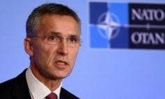 PAS NËNSHKRIMIT..../ Sekretari i NATO-s Stoltenberg viziton Shkupin