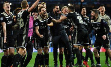 KËRKOHEJ NGA KLUBE TË MËDHA/ Ajax rinovon kontratën me talentin brazilian... (FOTO)