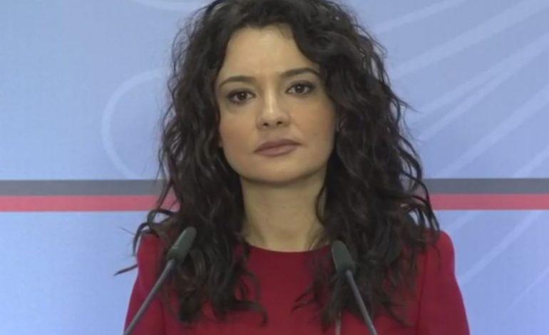 """""""KEMI NJË PRESIDENT SI BES KALLAKU…""""/ Elisa Spiropali i përgjigjet Metës për dialogun"""
