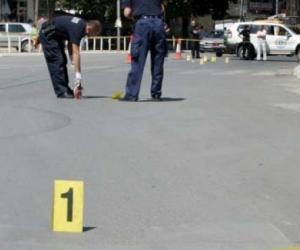AKSIDENT NË ELBASAN/ Përplasen TRE makina, plagosen dy persona (VIDEO)