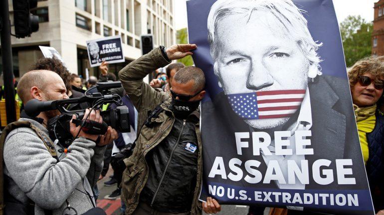 """175 VITE BURG/  SHBA do të ekstradojë themeluesin e """"WikiLeaks"""""""