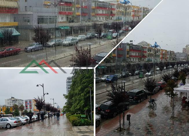 "MUAJI I PARË I VERËS/ Në Fier, aty ku shiu bie ""si litar""  (FOTOT)"