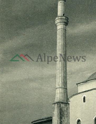 """SOT FITER BAJRAMI/ Në Shqipërinë e viteve '40 kur fotografi italian """"fiksonte"""" Xhaminë e Tiranës"""