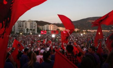 30 QERSHORI/ Mediat e huaja: E diela prova më e madhe e demokracisë që nga komunizmi