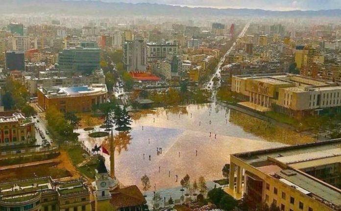 """REPORTAZHI NGA """"FRANCEINFO""""/ Shqipëria vendi i vogël i ambicieve të mëdha"""