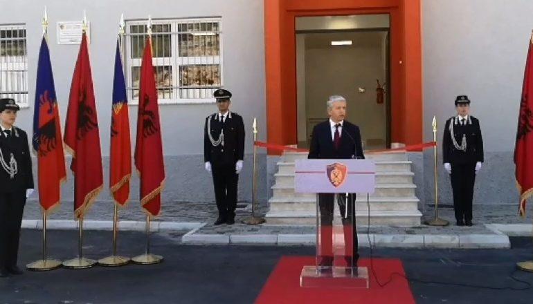 """""""GODINA E RE POLICISË NË HANIN E HOTIT""""/ Lleshaj: Duhet të përmirësojmë portat hyrëse në Shqipëri"""