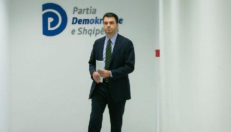 SITUATA POLITIKE/ Basha mbledh ish-deputetët dhe strukturat, s'ka datë për protestën e radhës