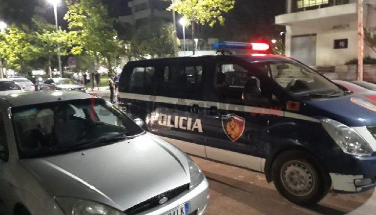 NDODH NË VLORË/ Ndërhynë për të shuar sherrin mes 4 personave, dhunohen 2 policë