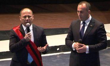 """XHELAL MZIU """"NUK HUMBET"""" KOHË/ I vendos emrin rrugës në Kamëz...Ramush Haradinaj"""