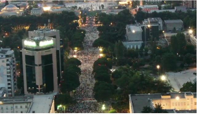 PAMJET/ Dështon rëndë protesta e PD-LSI: Ja pjesëmarrja në momentin që Basha mbante fjalimin