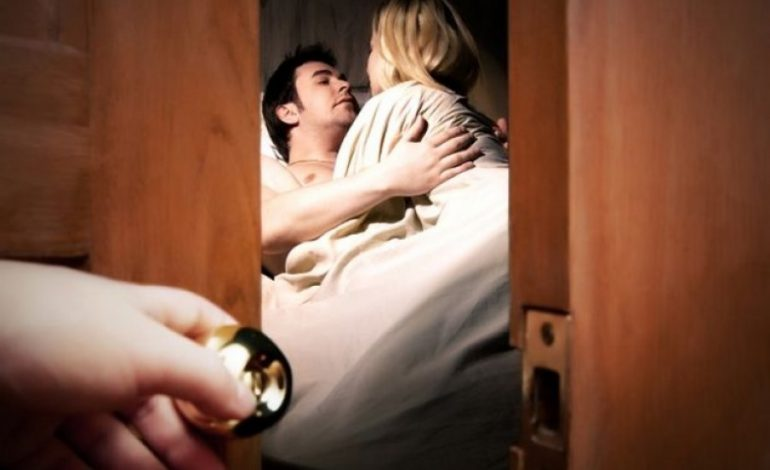 JA SI FUNKSIONON/ Prodhohet dysheku që tregon për tradhtinë e partnerit
