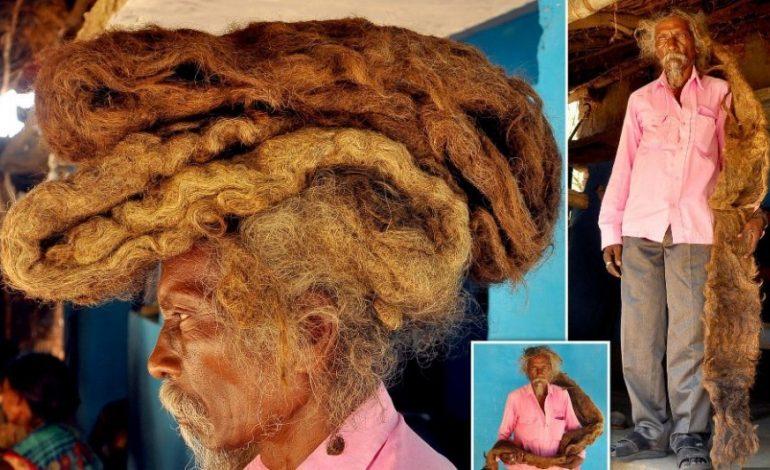 I QUAN BEKIM NGA PERËNDIA/ Njihuni me burrin që as i lan as i pret prej 40 vitesh flokët