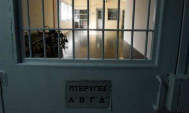 """PËRPLASJA E """"ASHPËR"""" NË BURGUN GREK/ I burgosuri në gjendje kritike për jetën"""