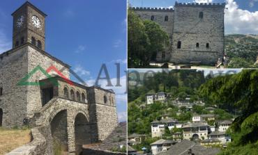 KOMENTET/ Turisti holandez për kalanë e Gjirokastrës: Madhështore! Shqiptari: Ça u pëlqen gurëve...
