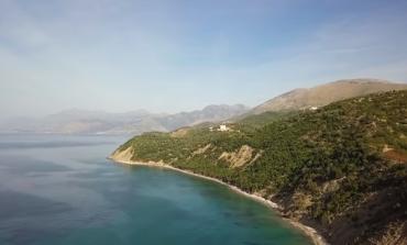 """PROMOVIMI I SHQIPËRISË/ Post of the day.  Kryebashkiaku i Himarës """"sjell"""" videon: Shumë dhe pak..."""