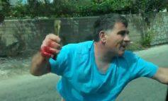 """""""ULËRIMA, BRITMA, FRIKË DHE GJAK""""/ Detajet: Si u dhunuan turistët spanjollë nga pronari i lokalit në Porto Palermo. Thyen xhamin dhe… (VIDEO)"""