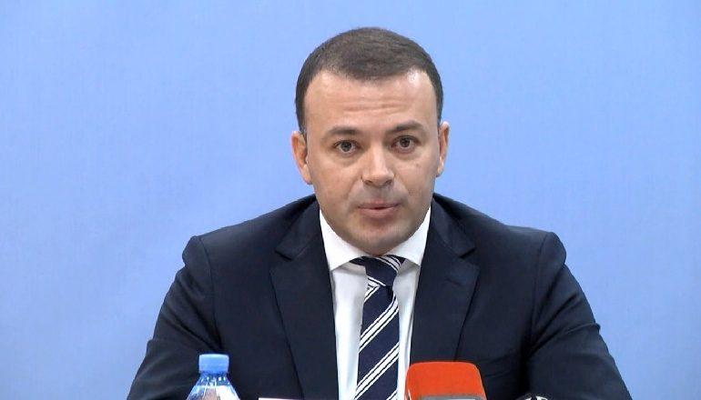 PROFIL/ Valdrin Pjetri e nisi karrierën në kohën e Berishës, ishte i pajisur me certifikatë sigurie