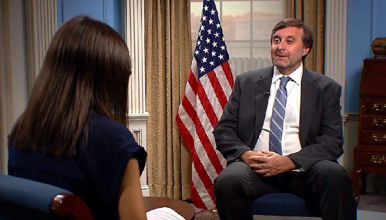 INTERVISTA/ Palmeri përgjigjet opozitës: SHBA nuk mban anë! Kriza të zgjidhet mes palëve, jo ndërhyrje më nga jashtë